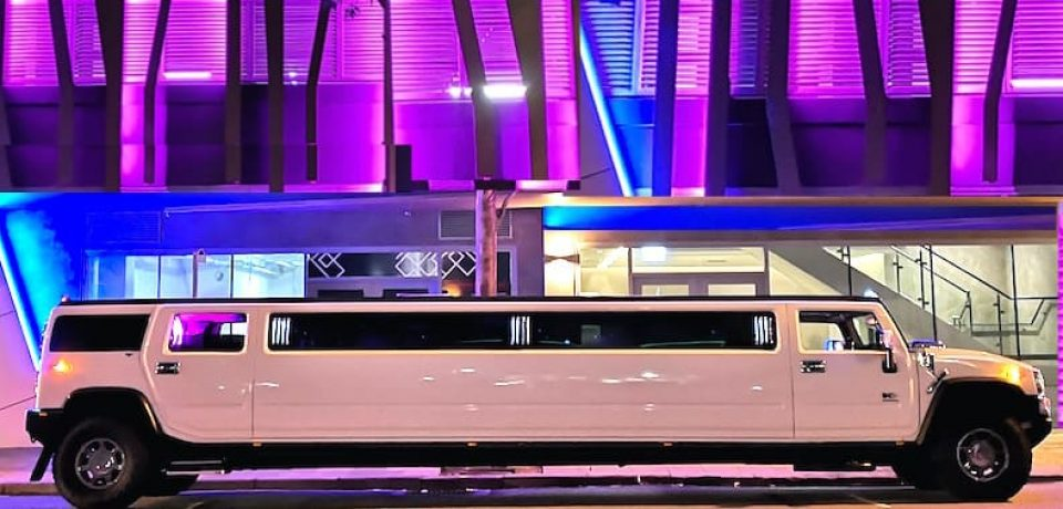 Things to Consider Whenever You Are Looking to Hire a Limousine